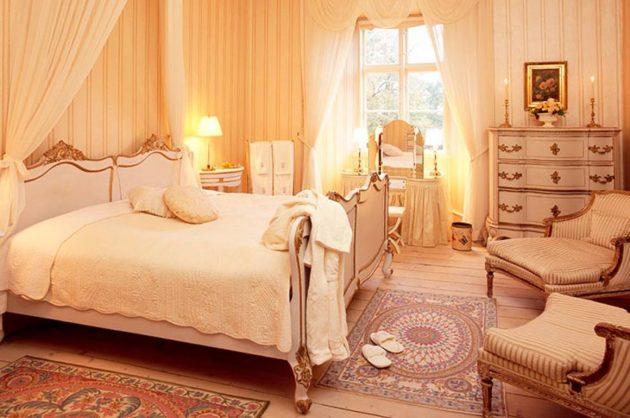 Lyst værelse på et slot