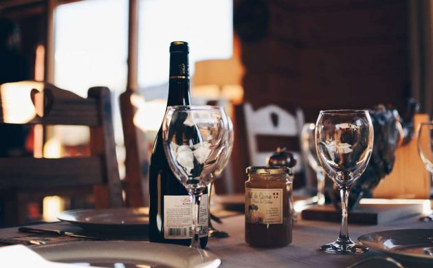 Smag på vin hos Vino y Pintxos