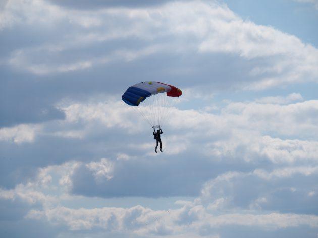 Solospring hos Skydive Viborg