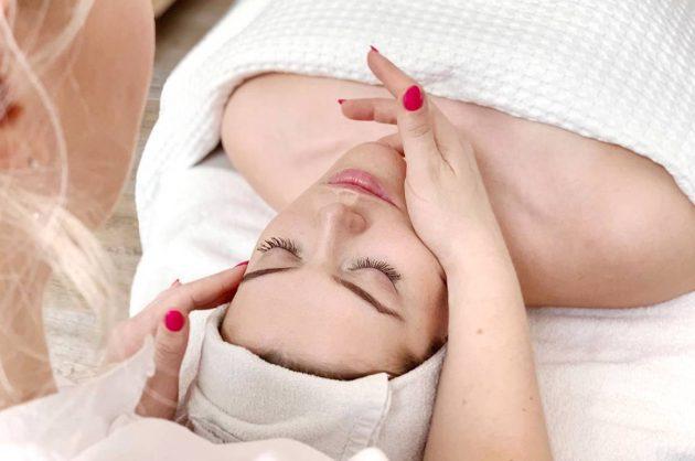 Ansigtsbehandling hos House of Wellness