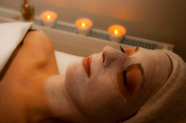 Ansigtsbehandling og massage hos Helle Thorup